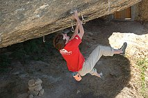 Dave MacLeod in Darwin Dixit (8c)