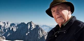 """HANWAG Senior-Chef Josef Wagner ist """"OutDoor Celebrity of the Year 2012"""""""