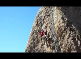 [VIDEO] Enzo Oddo (15) gelingt Highball Ambrosia (V11)