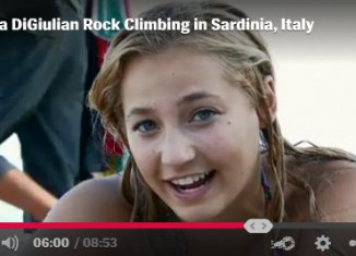 "[VIDEO] Sasha DiGiulian and Edu Marin climbing ""Viaje de los Locos"" (5.14a)"