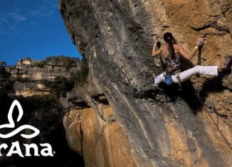 [VIDEO] Alizée Dufraisse in La Reina Mora (8c+/9a)