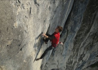 "[VIDEO] Roland Hemetzberger sends ""Zarathustra"" (8c+)"