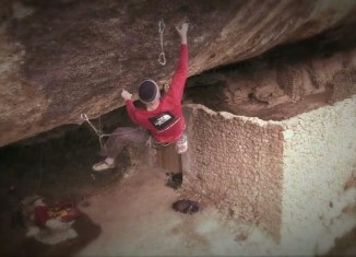 "[VIDEO] Iker Pou klettert ""Demencia Senil"" (9a+) in Margalef"
