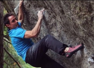 "[VIDEO] First Ascent of ""The Penrose Step"" (V14) by Carlo Traversi"