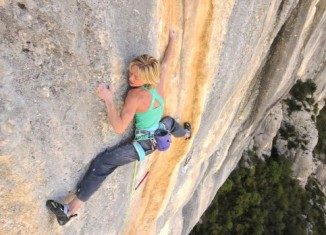 "[VIDEO] Monique Forestier in ""Tom et je Ris"" (8b+)"