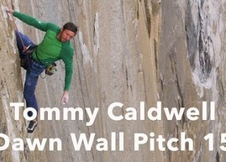 Tommy Caldwell Climbing Pitch 15 - The Dawn Wall
