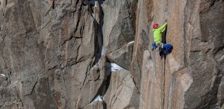Tommy Caldwell Digs Deep On Slippery, Ice-Covered Crack Climb (Epic Climber, Ep. 7) (c) EpicTV