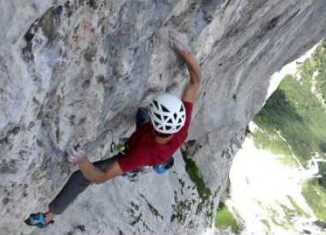 "Roland Hemetzberger Sends ""Delirium"" (8c) (c) Black Diamond Equipment"