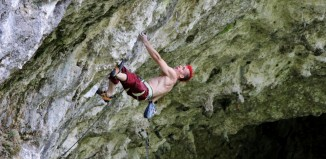 Sebastian Halenke gelingt eine 8c/c+ Route On-sight (c) Maxi Klaus