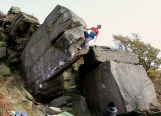 "Niky Ceria on ""Voyager Sit"" (8B+) in Burbage North (c) Niky Ceria"