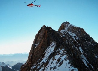 Tragedy Strikes Ueli Steck's 82 Summit Project (Part 3) (c) EpicTV