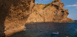 Yuji Hirayama, James Pearson And Caroline Ciavaldini Roadtrippin' And Deep-Water Soloing In France (c) EpicTV