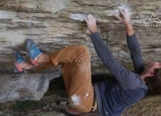 "Chris Sharma on ""Catalan Witness The Fitness"" (8C) (c) SHARMA"