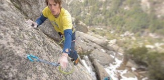 "James Pearson Sends The Holdless ""Inuit"" (8b+) Slab In La Pedriza, Spain (c) EpicTV"