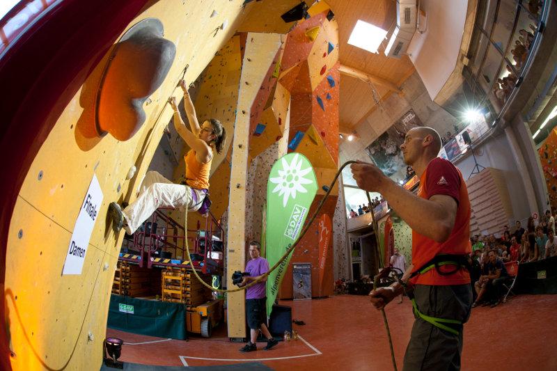 Kletterausrüstung Regensburg : National archive climbing.de