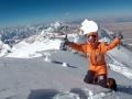 Simone Moro auf dem Gipfel des Shisha Pangma. (c) Archive Simone Moro