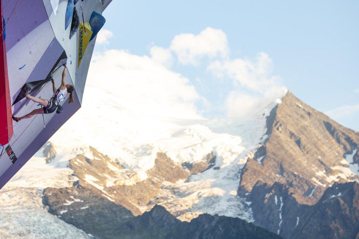 Hannah Schubert beim Lead Weltcup 2018 in Chamonix (c) Heiko Wilhelm