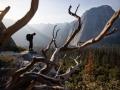 Alex Honnold am Fuss des El Capitan im Yosemite Nationalpark (c) Jimmy Chin