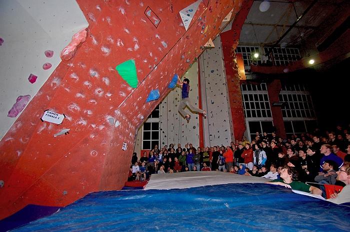 Kletterausrüstung Leipzig : Boulder der nachbericht zum wettkampf in leipzig