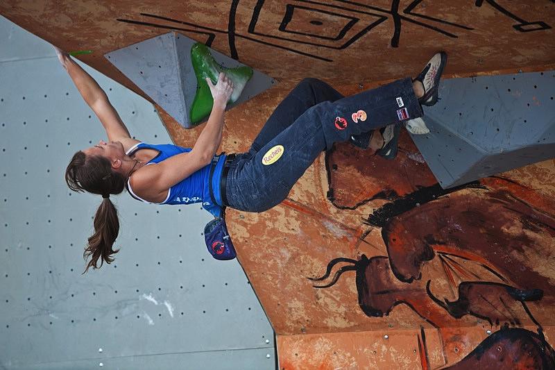 Anna Stöhr (AUT) siegt beim Boulderweltcup in Moskau