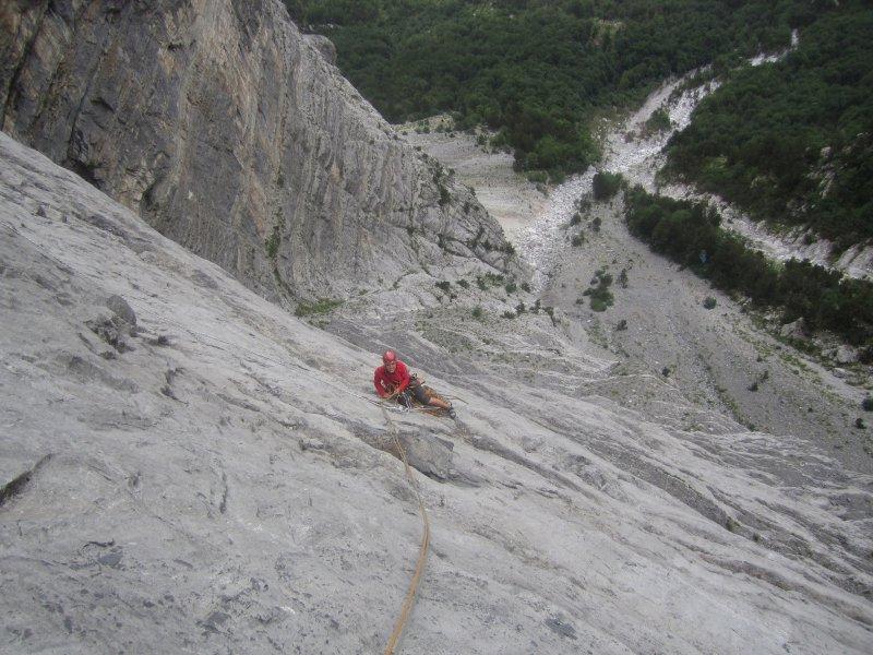 JDAV Mädels Expedition 2011: Erstbegehung an der höchsten Wand des Balkans