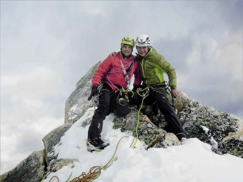 Roger Schäli und Simon Gietl gelingt freie Begehung am Arwa Spire