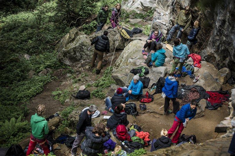 """18 Top-Kletterinnen beim ersten AustriAlpin """"Girls Rock Day"""""""