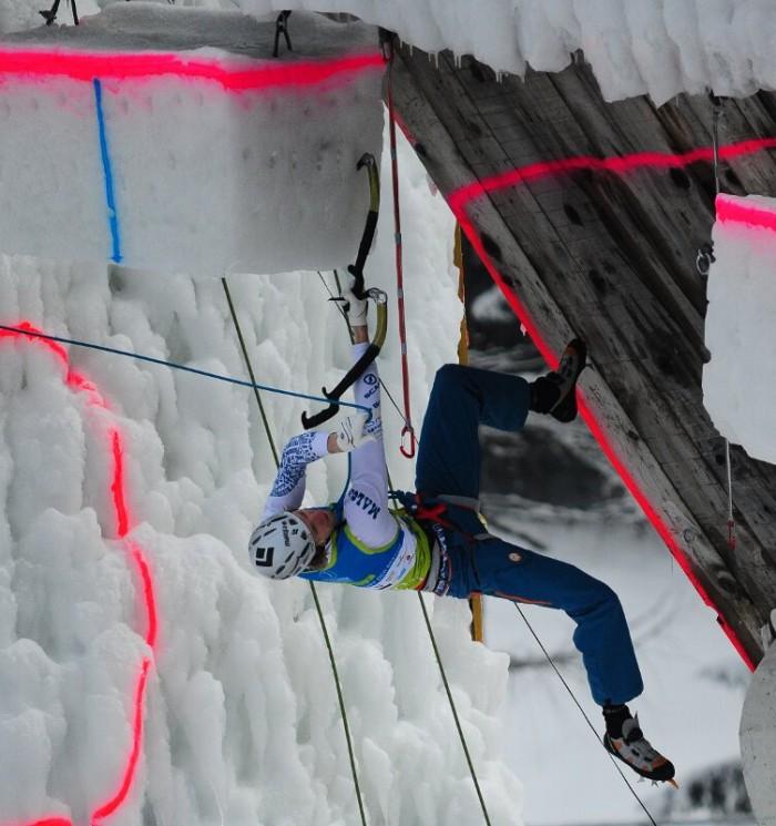 Hee Yong Park und Anna Gallyamova gewinnen den Marmot ICEFIGHT 2012