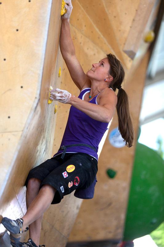 Anna Stöhr gewinnt Boulderweltcup in Log-Dragomer (SLO)