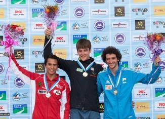Jan Hojer holt dritten Saisonsieg beim Boulderweltcup 2014 in Haiyang