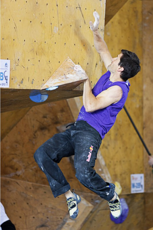 Boulderweltcup 2012: Anna Stöhr und Kilian Fischhuber bouldern in Slowenien aufs Podest