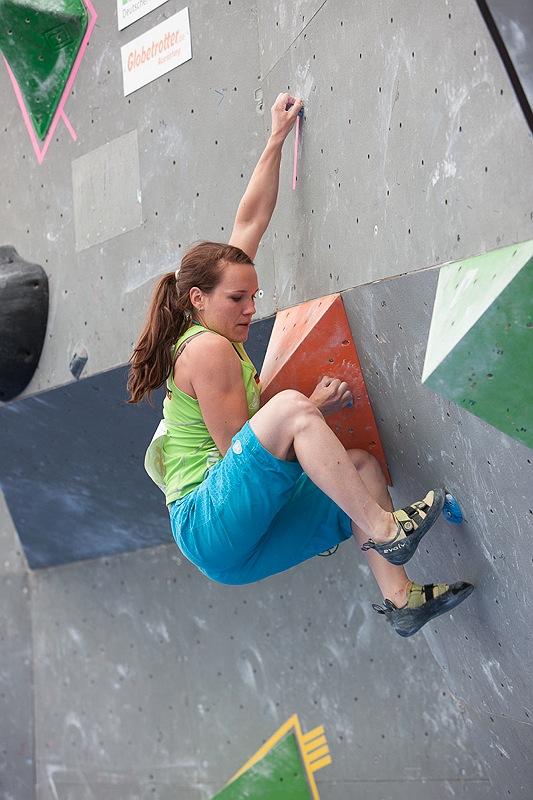Neue Bildergalerie vom Boulderweltcup 2012 in München