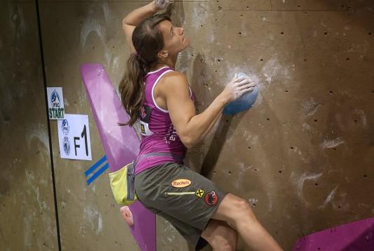 Boulderweltcup 2013 in Toronto: Anna Stöhr krönt sich vorzeitig zur Boulder-Gesamtweltcupsiegerin
