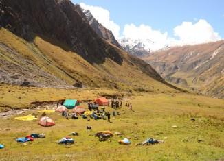 DAV-Damen-Expedition gelingen sechs Erstbesteigungen im indischen Himalaya