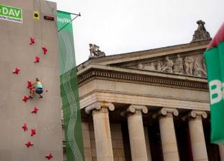 Highspeed-Klettern auf dem Münchner Sportfestival