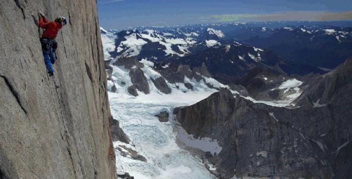 David Lama realisiert alpinistischen Meilenstein in Patagonien