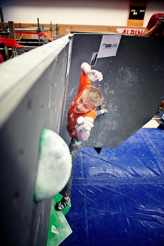 Deutscher Bouldercup in Auerbach: Julia Winter und Thomas Tauporn gewinnen