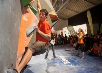 Deutscher Bouldercup 2013 in München: Spannende Zweikämpfe auf der ispo