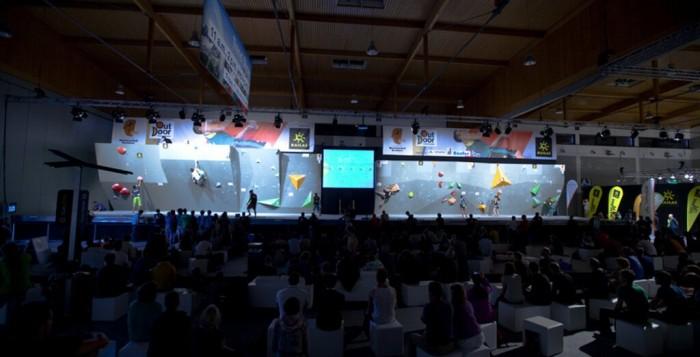 Juliane Wurm und Jan Hojer holen die Titel bei der Deutschen Meisterschaft Bouldern 2014