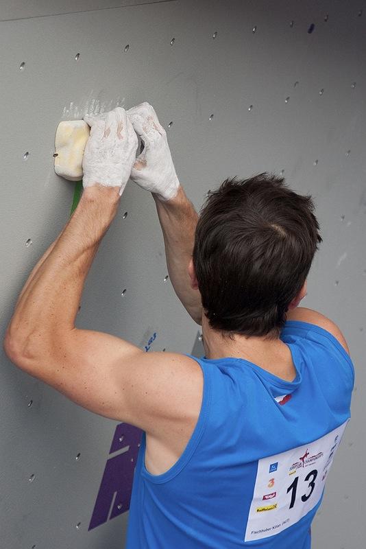 Spannung pur in der Boulder-Qualifikation bei der Kletter-EM 2010