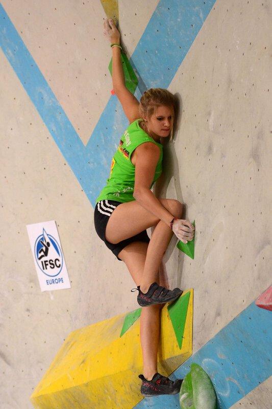 European Youth Bouldercup 2011: Die ersten Jugendeuropameister im Bouldern stehen fest