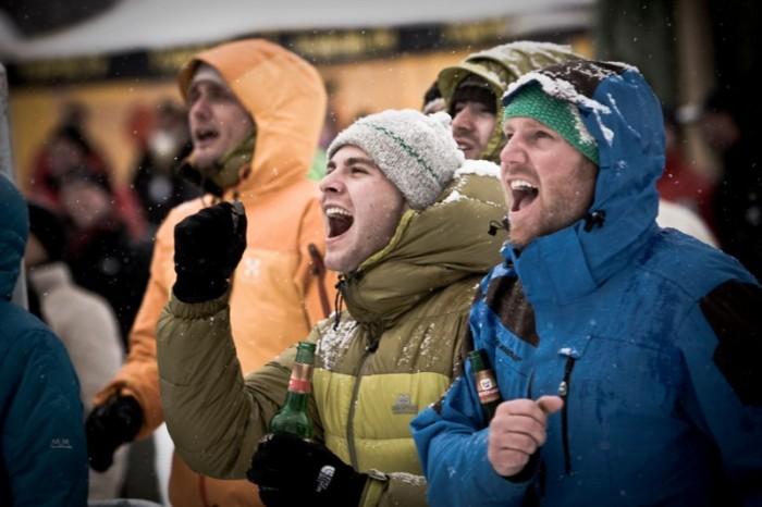 """""""Glace Glisse"""" macht Eisklettern zum Publikumssport"""