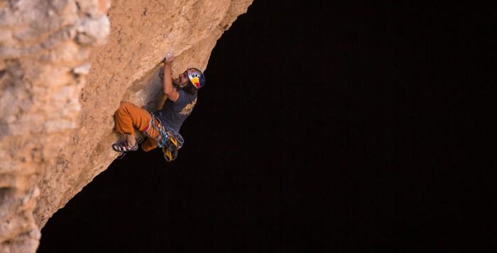 Stefan Glowacz und Chris Sharma klettern längstes Höhlendach der Welt