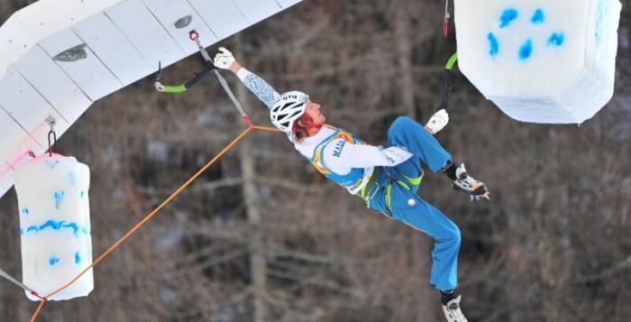 Angelika Rainer siegt beim Eiskletterweltcup im italienischen Rabenstein