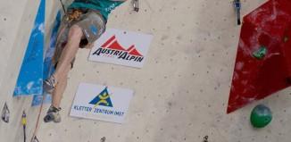Magdalena Röck klettert zu Vorstiegs-Gold beim Heimweltcup in Imst