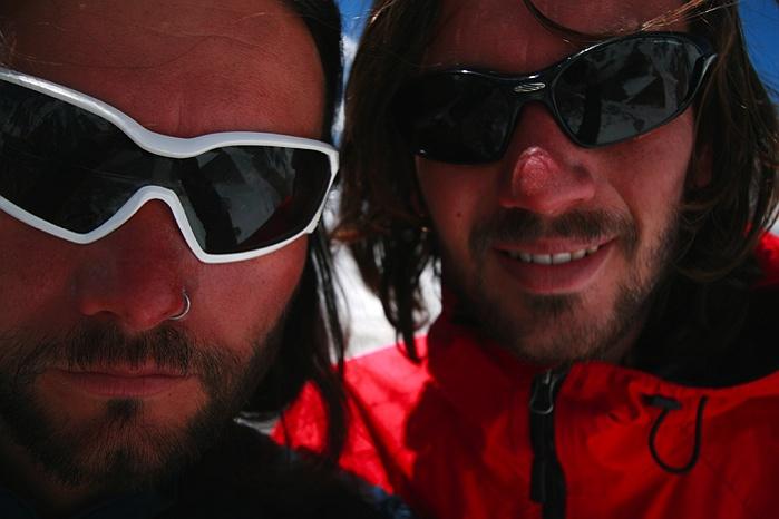 Riegler Brüder in Pakistan: Wie zwei Fliegen an der Wand