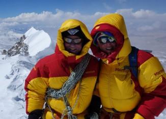 Alix von Melle und Luis Stitzinger erfolgreich am Shisha Pangma (8027 m)