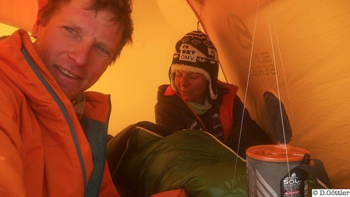 David Göttler besteigt den 7.861 m hohen Nuptse