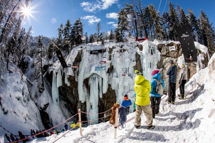 Kletterausrüstung Zug : Open swiss ice climbing cup 2014 in pontresina: heisse züge der