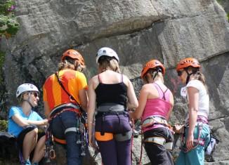 SAAC steuert der Unfallstatistik mit kostenlosen Climbing Camps entgegen